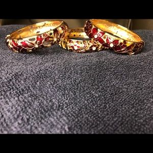 Set of 3 floral bangle bracelets.